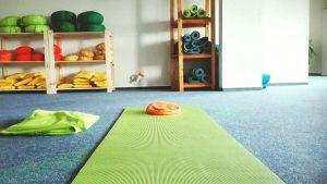 Tiefe Entspannung im Yoga-Kurs in Papenburg