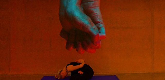 negative Emotionen loslassen mit Mental-Yoga- im Yoga-Kurs