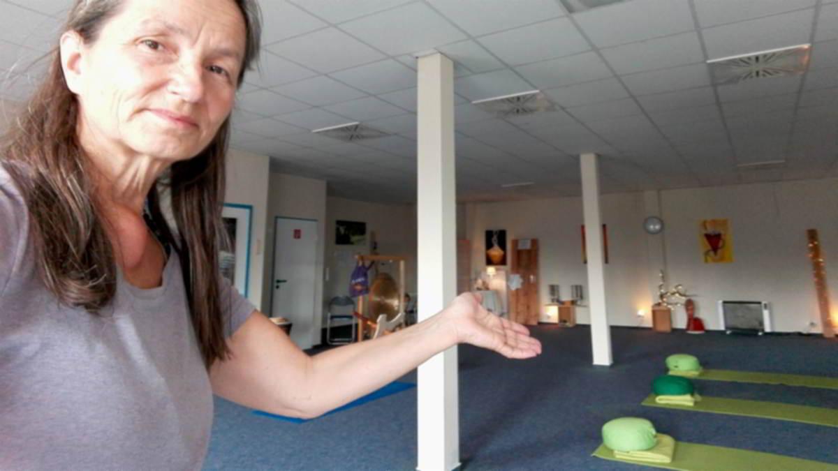 Mahashakti von Yoga-Papenburg zeigt dir den Yoga-Raum